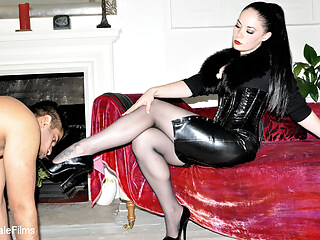 Serve & Worship - KINK femdom foot fetish  freeones