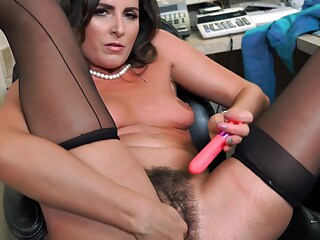 Making the hot secretary squirt at the office brunette hairy hd freeones