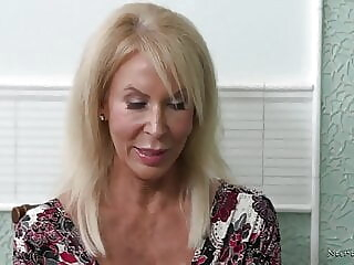 Lucky guy fuck 2 matures blowjob cumshot mature freeones